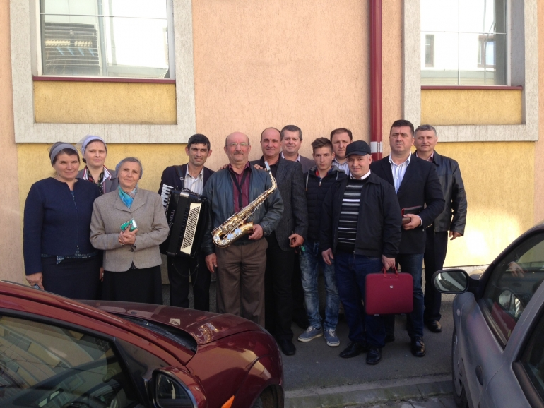 Fellowship and worship in Targu Mures